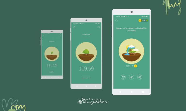 Tres pantallas de móvil mostrando la evolución del árbol desde que es una semilla y parece una bola de musgo hasta que desarrolla todos los atributos del diseño final.